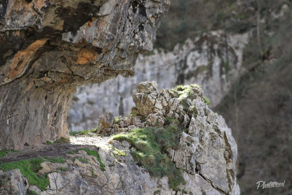 La belleza del desfiladero en todos los rincones - Las Xanas - Senderismo