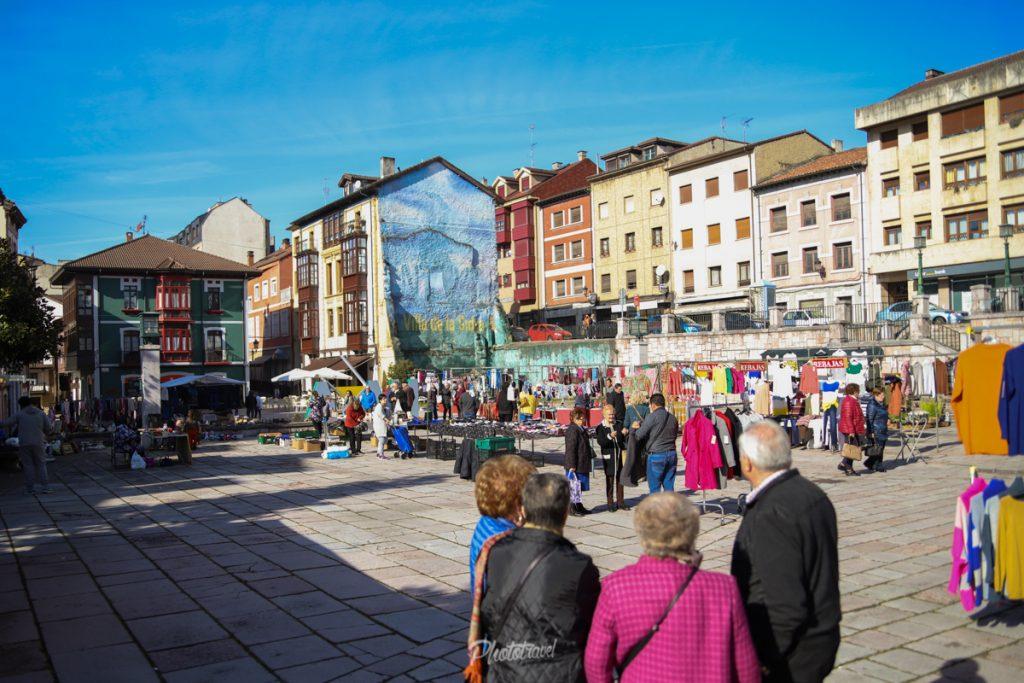 Mercado en Nava