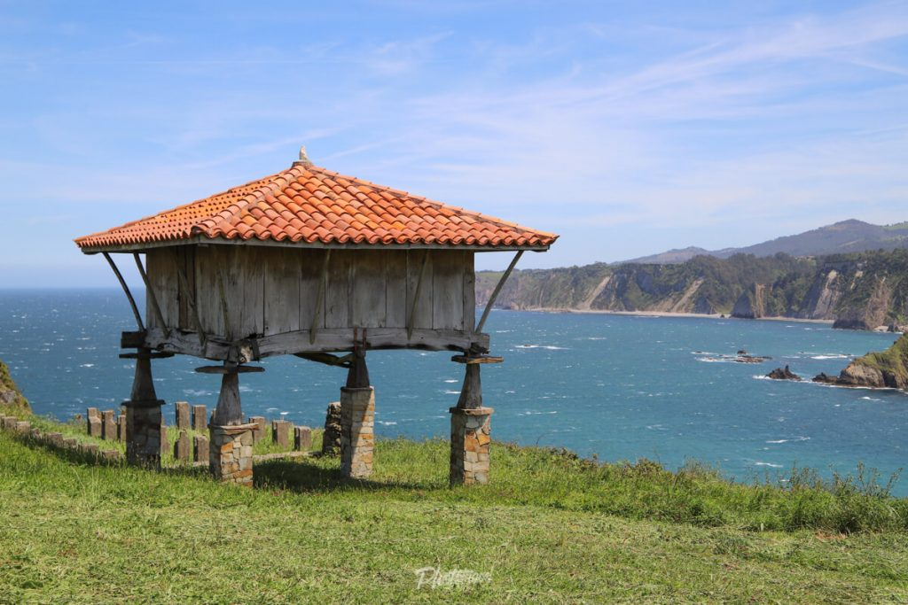 Ermita La Regalina, en el occidente asturiano.