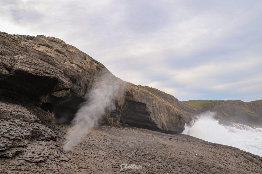 Bufones en la Cueva de la Ojerada